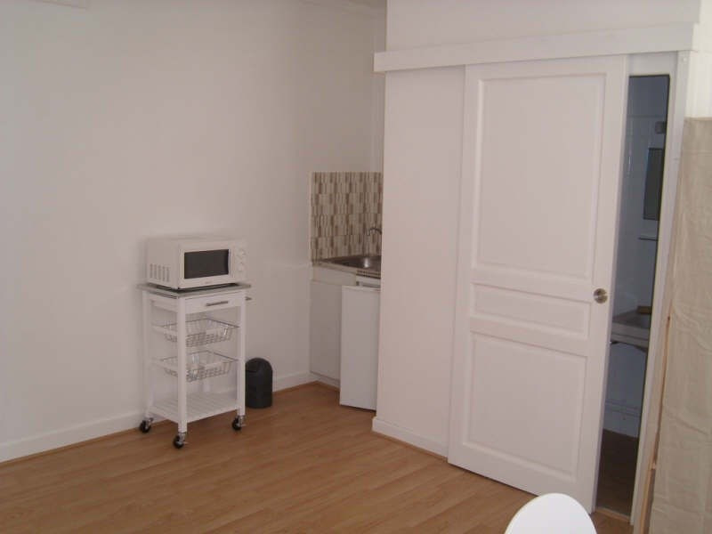 Rental apartment Angouleme 335€ CC - Picture 1