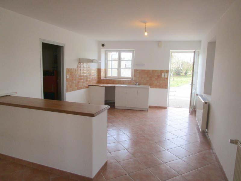 Rental house / villa St pierre de juillers 568€ CC - Picture 5