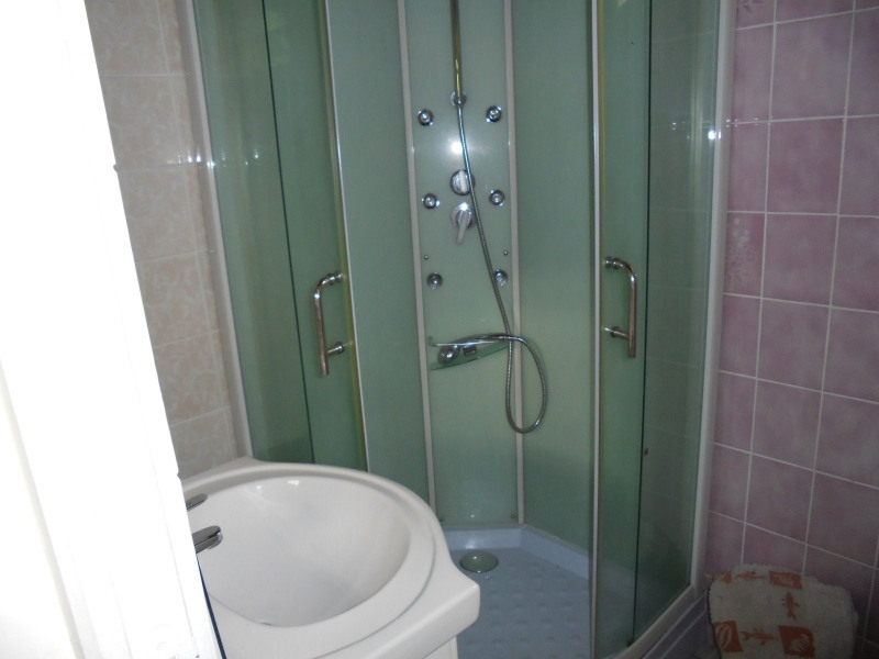 Rental house / villa Les abymes 750€ CC - Picture 7