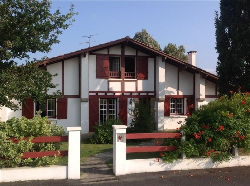 Sale house / villa Larressore 449000€ - Picture 1