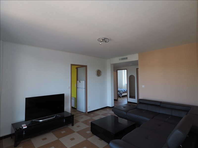 Rental apartment Manosque 595€ CC - Picture 2