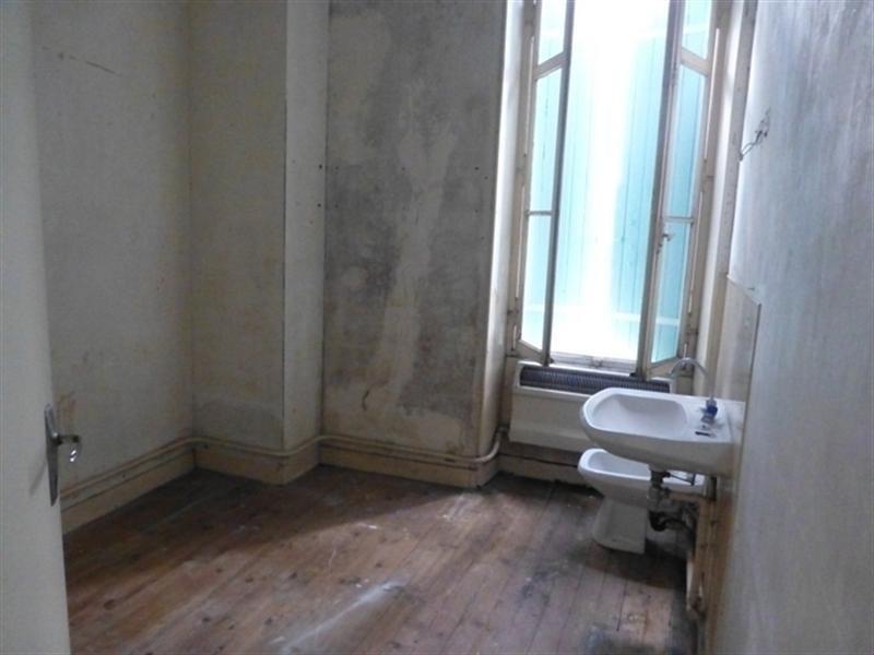 Sale house / villa Saint-jean-d'angély 117000€ - Picture 4