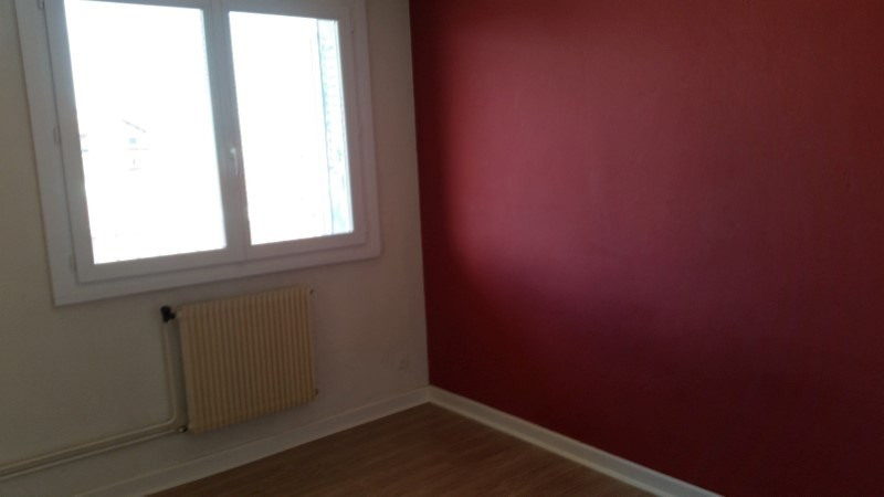 Sale apartment Roanne 48990€ - Picture 4