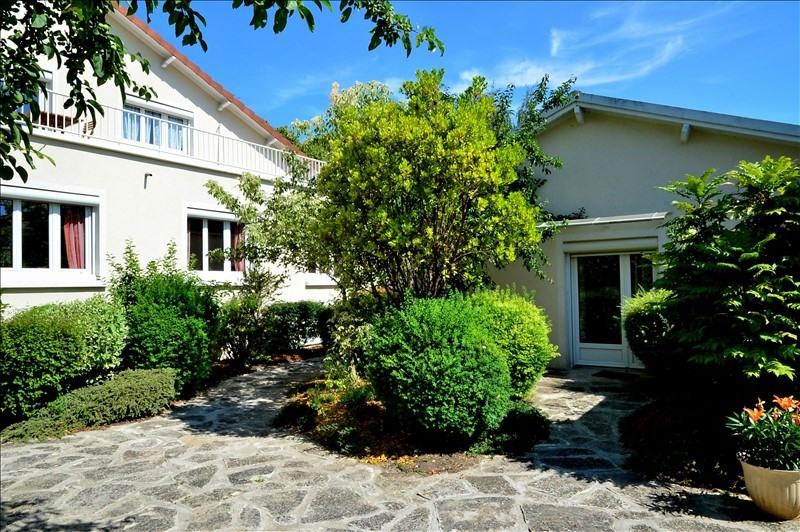 Vente maison / villa Beauchamp 585000€ - Photo 1