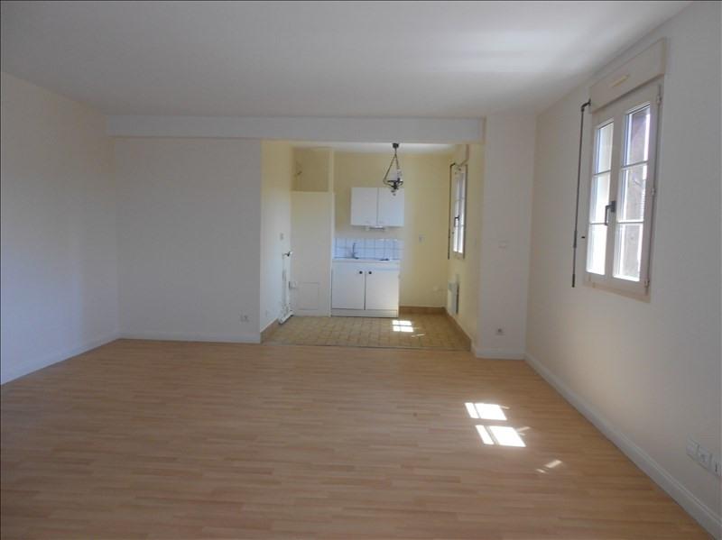 Location appartement Provins 690€ CC - Photo 2