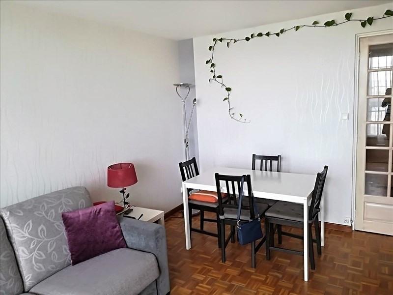 Sale apartment Chatou 267000€ - Picture 2