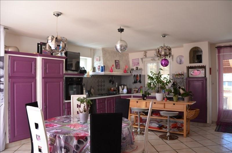 Vente maison / villa Ruoms 325500€ - Photo 4