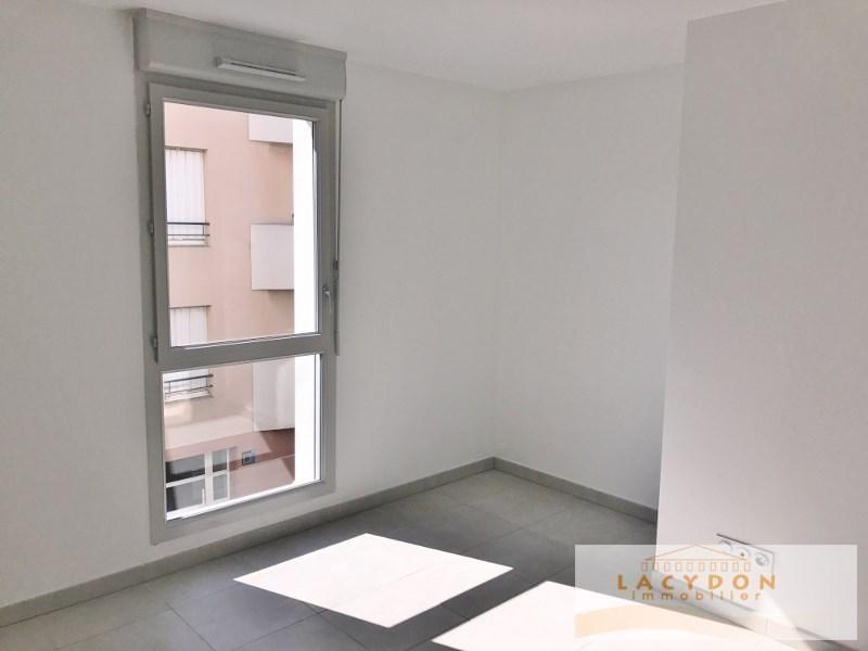 Location appartement Aubagne 660€ CC - Photo 3