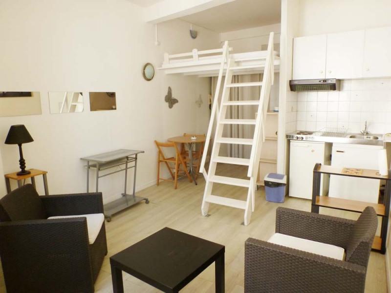 Rental apartment Avignon 422€ CC - Picture 1