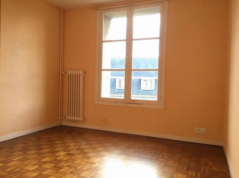 Location appartement Coutances 371€ CC - Photo 3