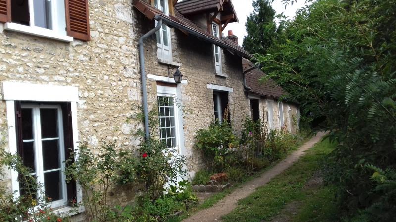 Rental house / villa Limetz-villez 1100€ CC - Picture 2