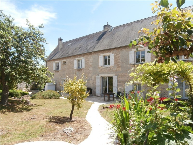 Deluxe sale house / villa Caen 639 000€ - Picture 1