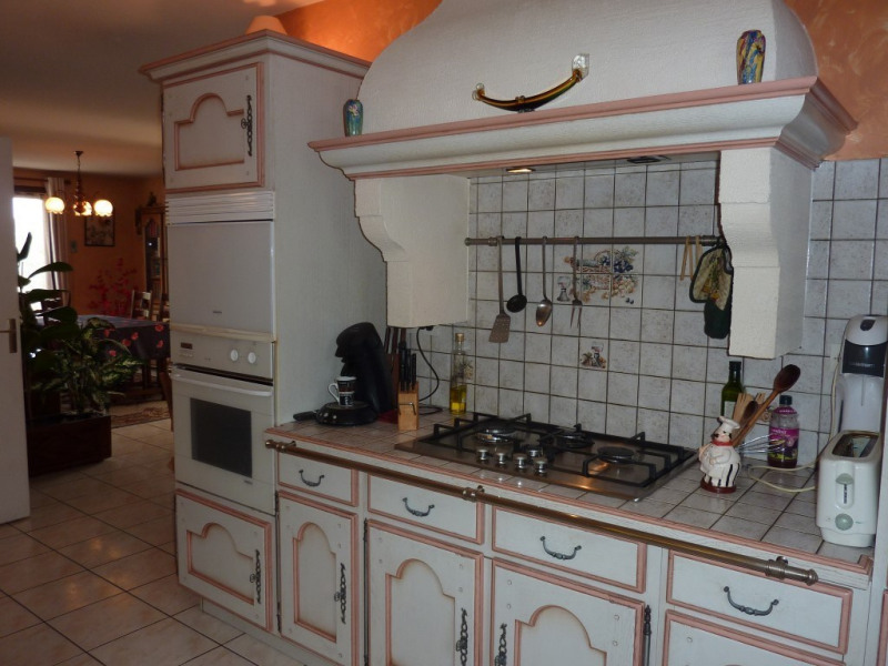 Sale apartment Tramoyes 259 500€ - Picture 5