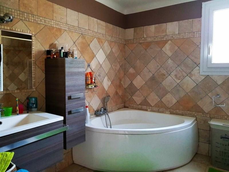 Vente maison / villa Aramon 305000€ - Photo 8