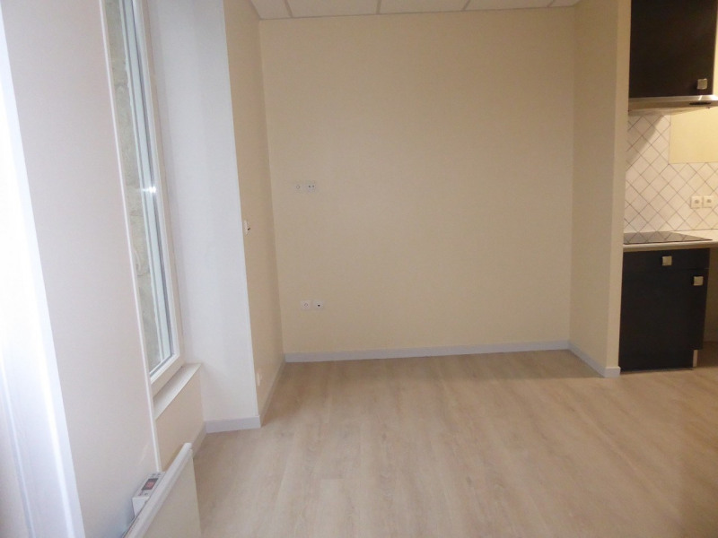 Location appartement Vals-les-bains 377€ CC - Photo 8