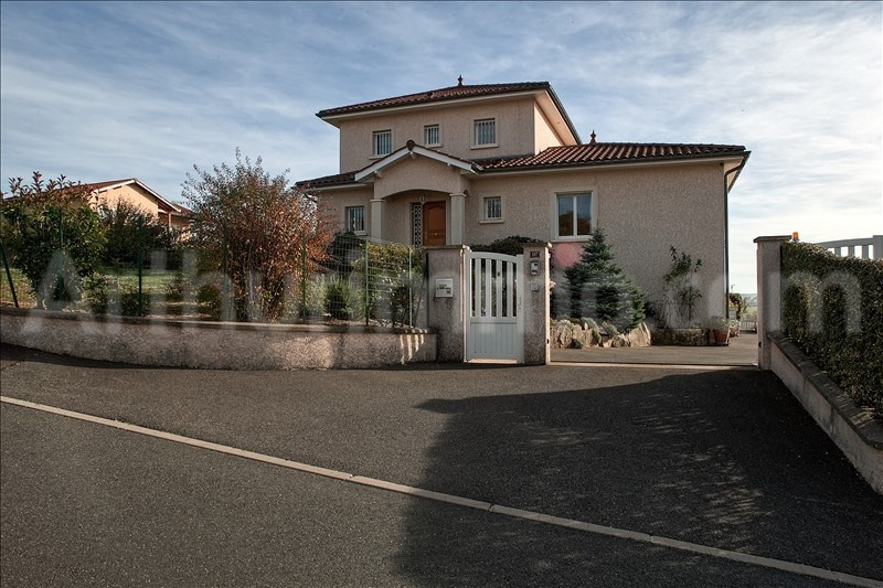 Sale house / villa St laurent de chamousset 345 000€ - Picture 1