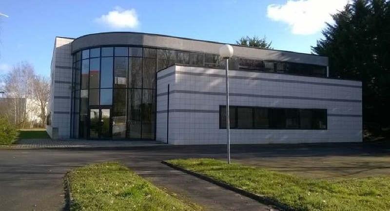 Sale building Senlis 1300000€ - Picture 1