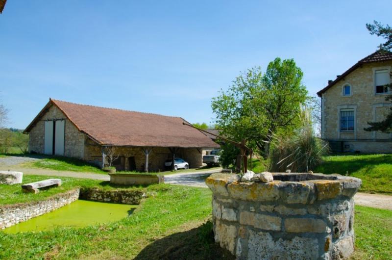 Vente maison / villa Mouleydier 265000€ - Photo 2
