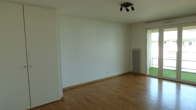 Rental apartment Ville la grand 1 122€ CC - Picture 7