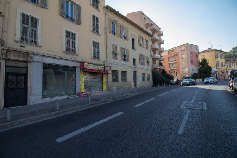 Location local commercial Nice 460€ CC - Photo 6