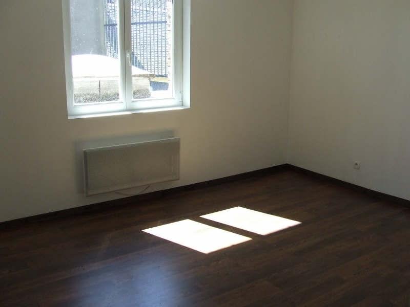 Rental apartment Avesnes sur helpe 420€ CC - Picture 4