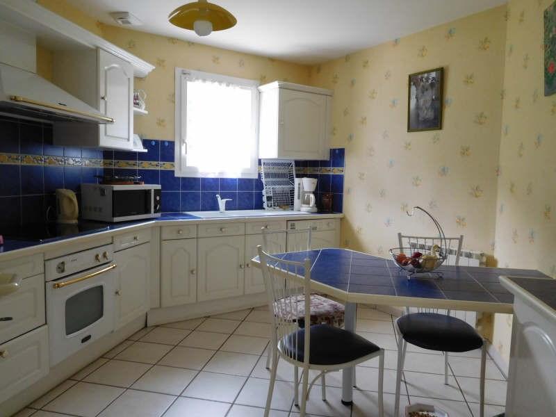 Sale house / villa St andre de cubzac 264000€ - Picture 2