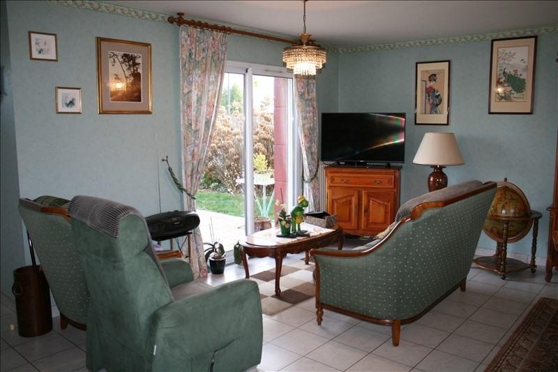 Sale house / villa Josselin 189000€ - Picture 5