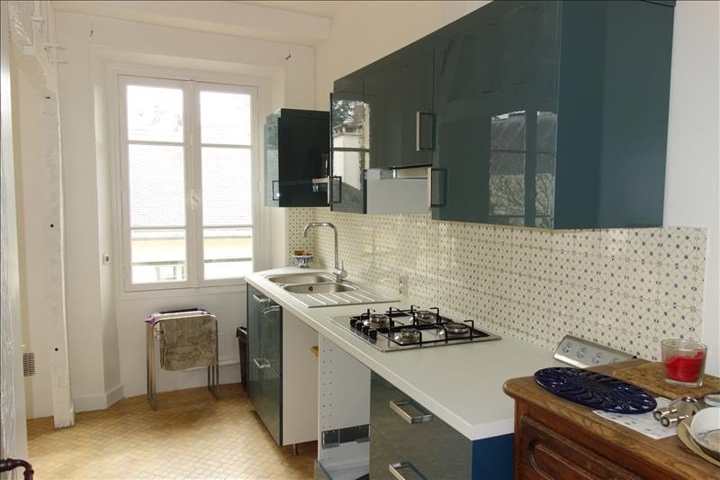 Rental apartment Versailles 2 210€ CC - Picture 7