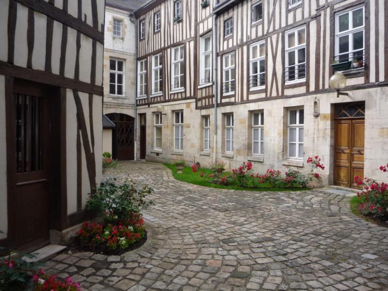 Location appartement Châlons-en-champagne 540€ CC - Photo 1