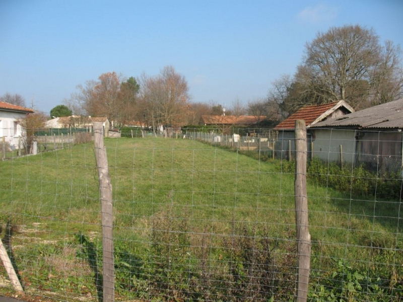 Sale site Etaules 44 000€ - Picture 1