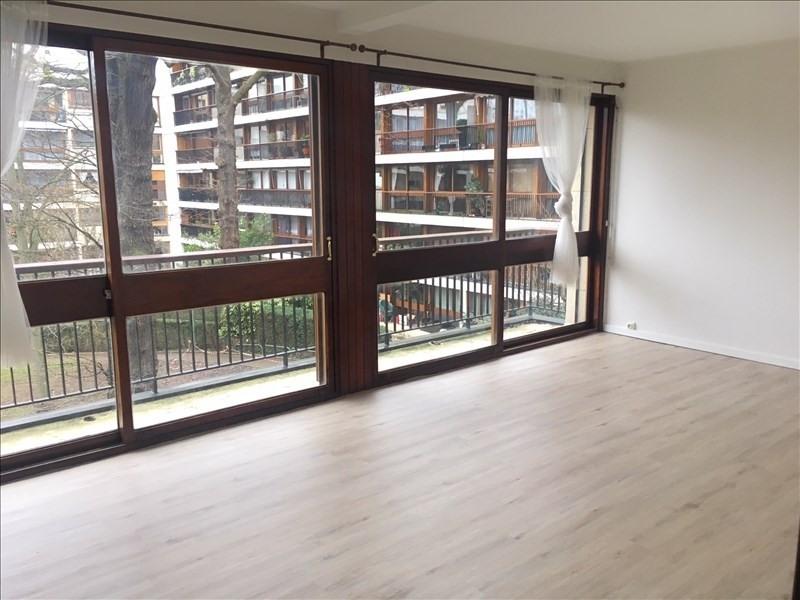 Location appartement La celle saint cloud 970€ CC - Photo 1