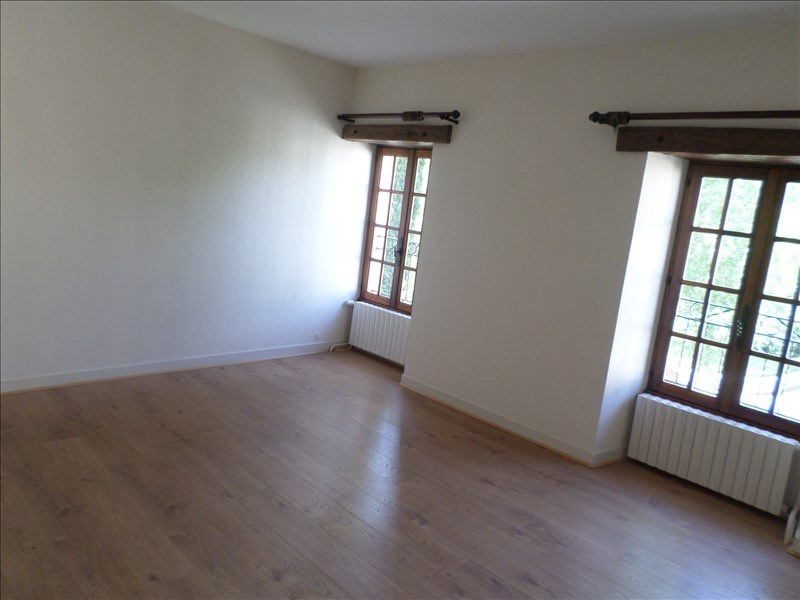 Location maison / villa Chapelle viviers 490€ +CH - Photo 4
