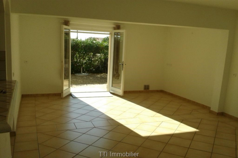 Rental apartment Sainte maxime 1 150€ CC - Picture 4