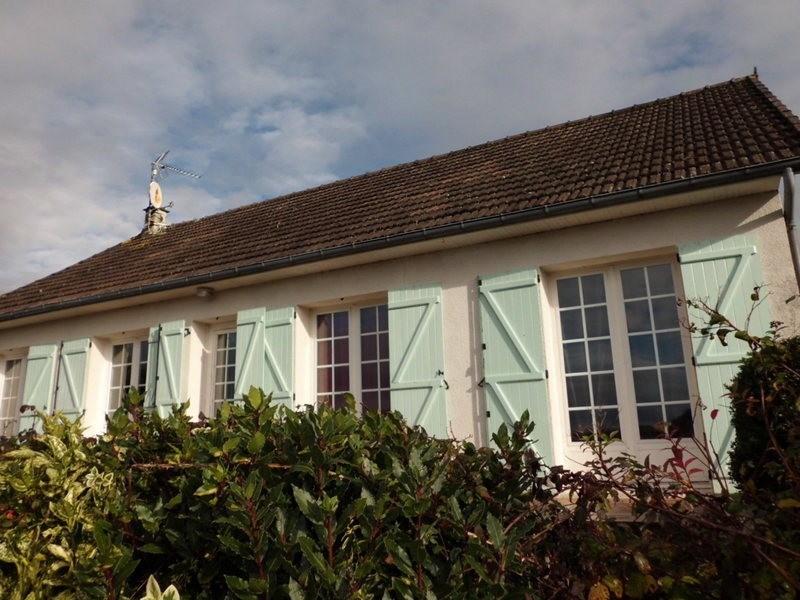 Sale house / villa Courcy 150000€ - Picture 1