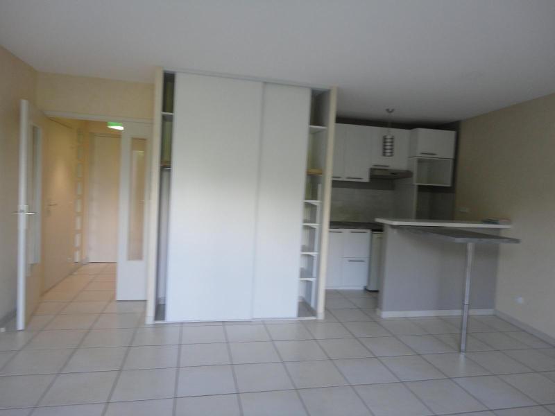 Location appartement Meylan 590€ CC - Photo 3