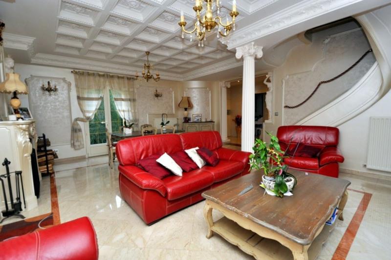 Sale house / villa Le val st germain 695000€ - Picture 5