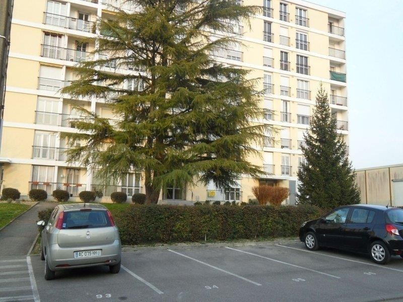 Rental apartment Troyes 510€ CC - Picture 1