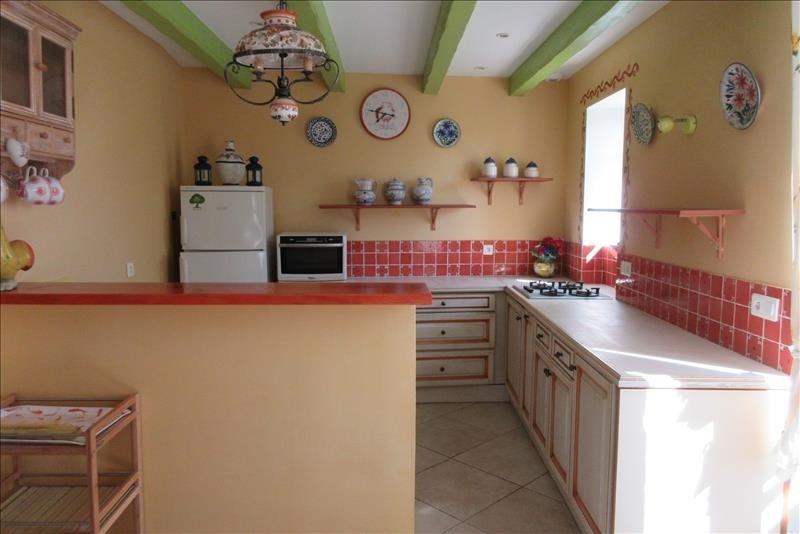 Sale house / villa Pont croix 177140€ - Picture 3
