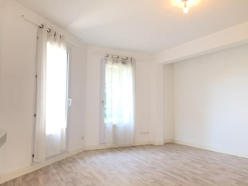 Rental apartment Pierrelaye 691€ CC - Picture 1
