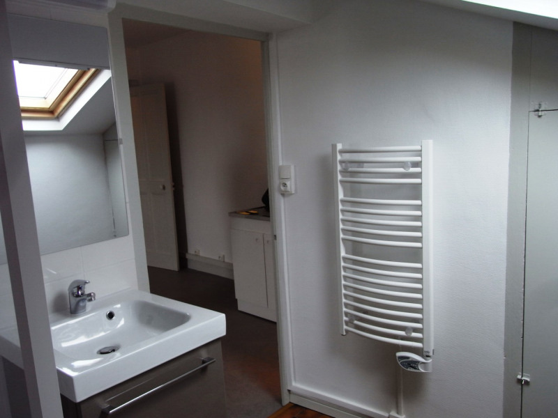 Location appartement Pierre benite 522€ CC - Photo 4