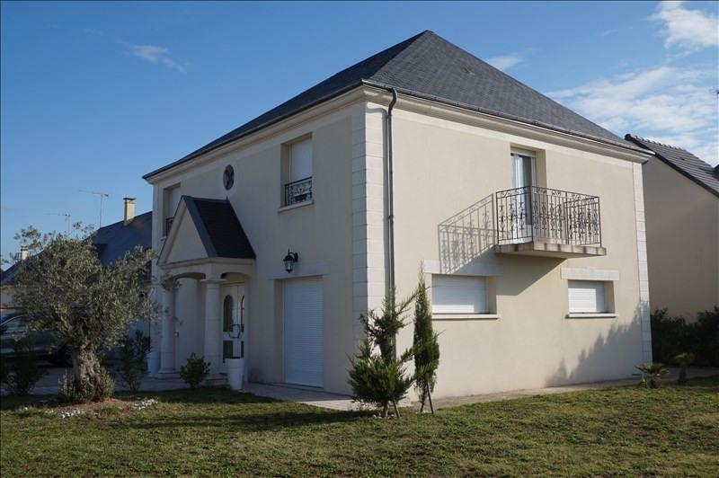 Deluxe sale house / villa Vineuil 314000€ - Picture 1