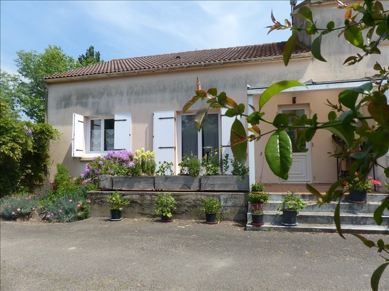 Sale house / villa Corsept 250 800€ - Picture 1