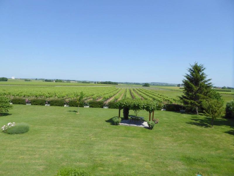 Sale house / villa Jarnac-champagne 379800€ - Picture 14