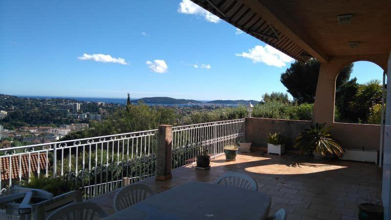 Deluxe sale house / villa Toulon 625000€ - Picture 1