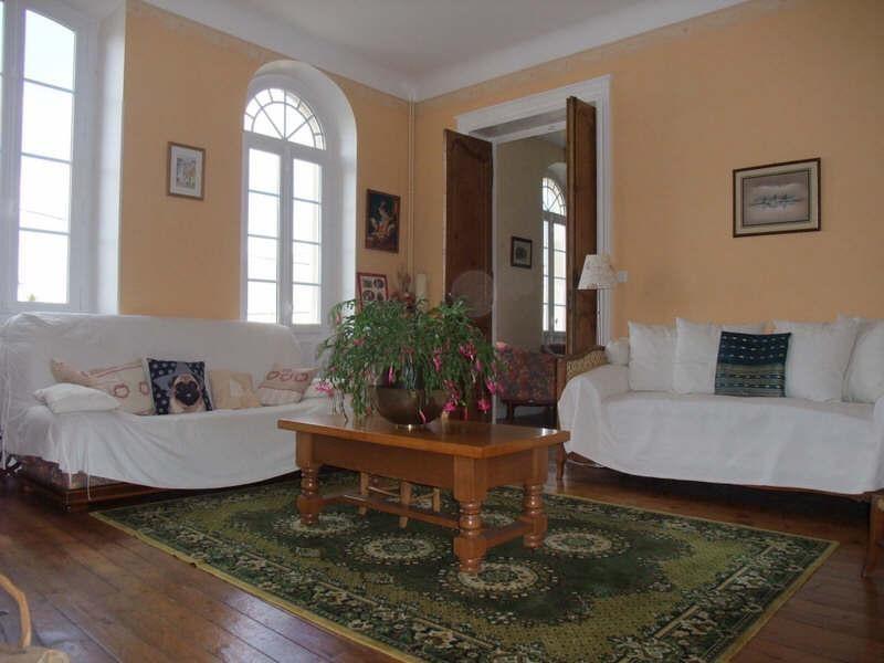 Sale house / villa Blaye 199900€ - Picture 1