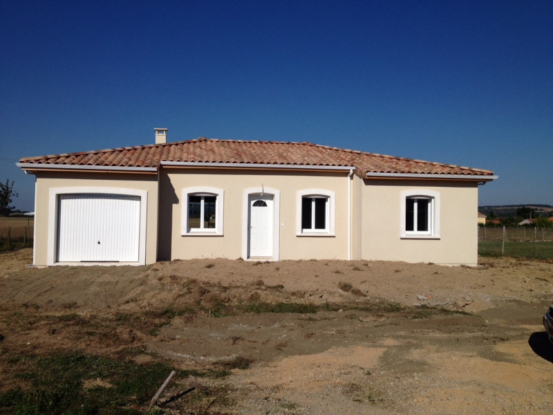 Maison pices terrain m leucate par maisons cot soleil with for Combien coute un terrain