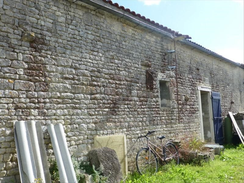 Sale house / villa St jean d angely 84 240€ - Picture 8