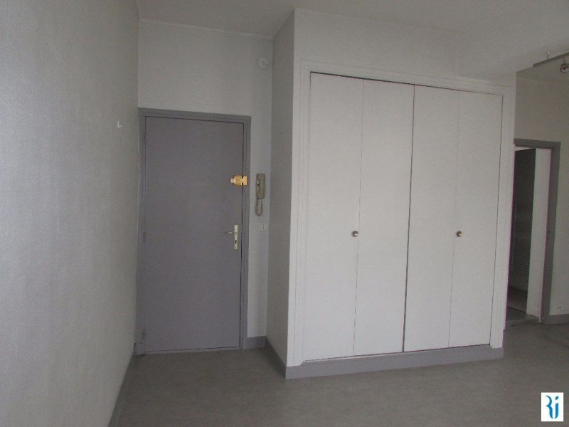 Location appartement Rouen 450€ CC - Photo 2
