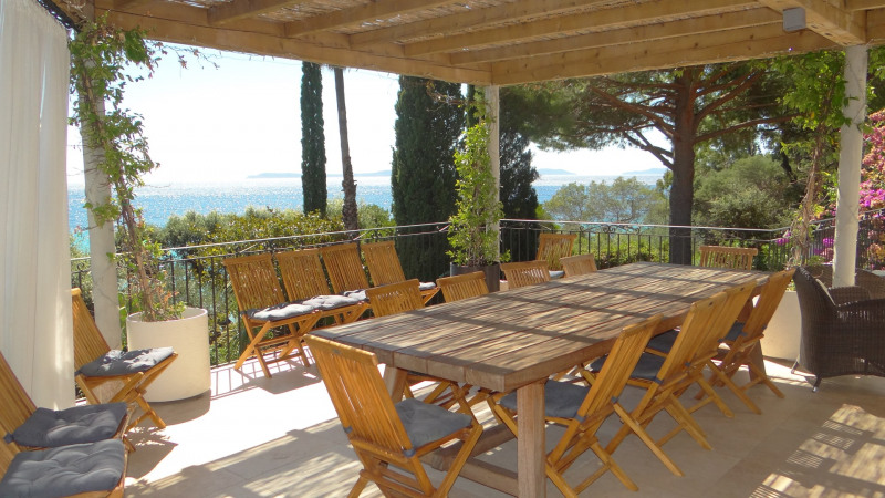 Vacation rental house / villa Le rayol 8 000€ - Picture 5