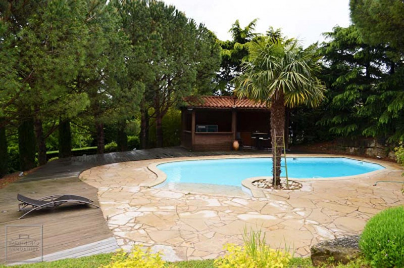 Deluxe sale house / villa Saint cyr au mont d'or 1 690 000€ - Picture 2